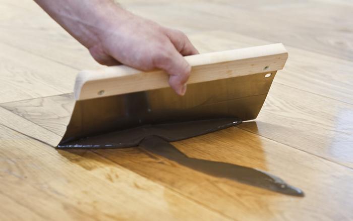 Holzbodenrenovierung_Rakel
